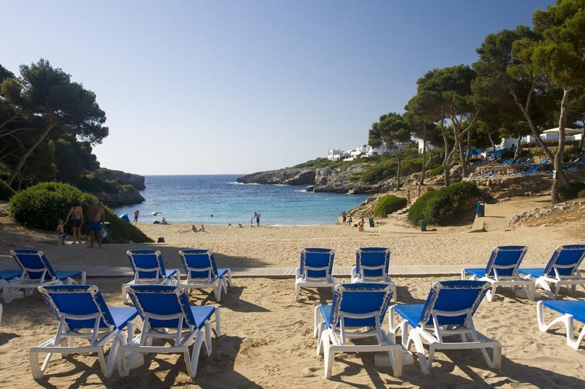 Cala d 39 or na majorce for Aparthotel d or jardin de playa santa ponsa